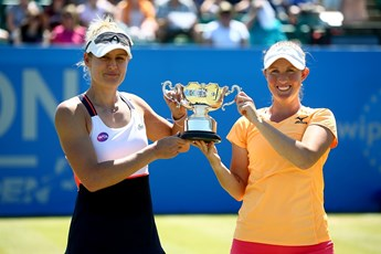 Womens doubles champions